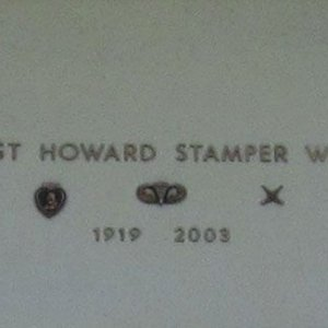 Howard Stamper (grave)