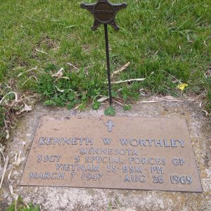 K.W. Worthley (Grave)